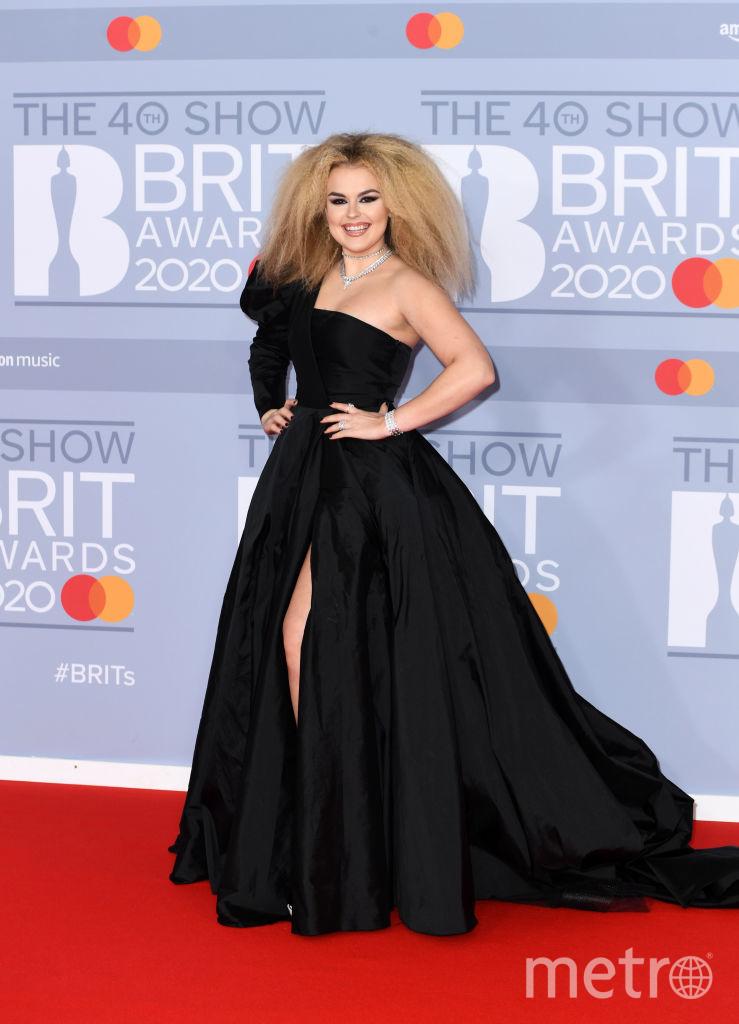 Красная дорожка премии BRIT Awards 2020. Талия Сторм. Фото Getty
