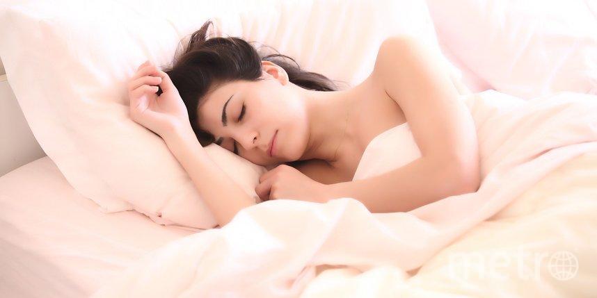 Врач рассказал, кто может позволить себе спать меньше восьми часов в день