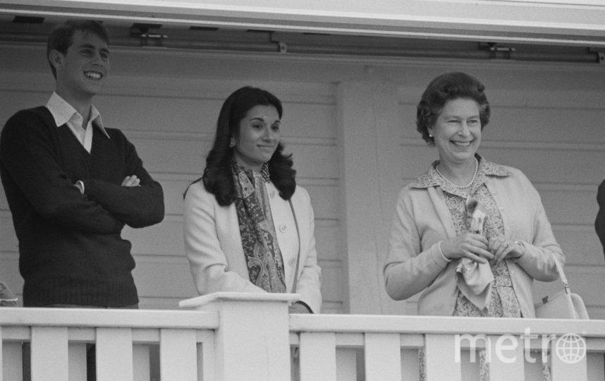 Принц Эндрю в окружении семьи. Фото Getty