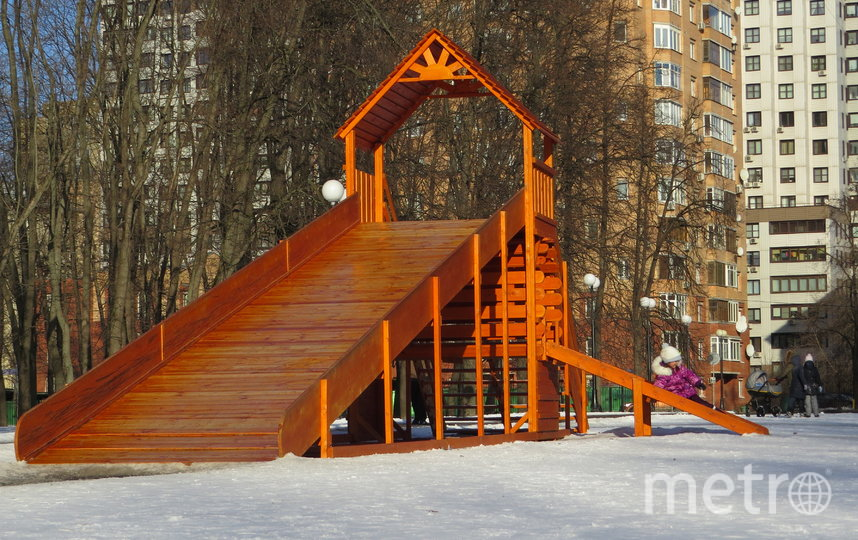 """Прогулка по Петровскому парку. Фото Иван Тереховский, """"Metro"""""""