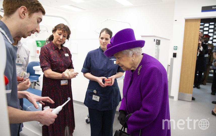 Елизавета II посетила Королевскую больницу. Фото Getty
