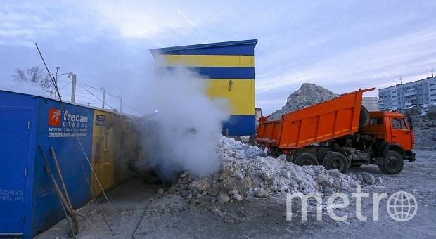 Снегоплавильную станцию на ул. Федосеева открыли в 2013 году. А в 2018 по решению суда работа станции была остановлена.