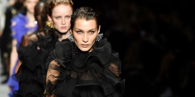 Неделя моды в Милане: показ Alberta Ferretti.