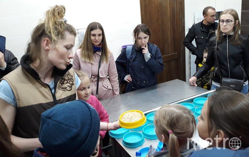 Посетителям расскажут и покажут, как готовится еда для животных. Фото Предоставлено организаторами