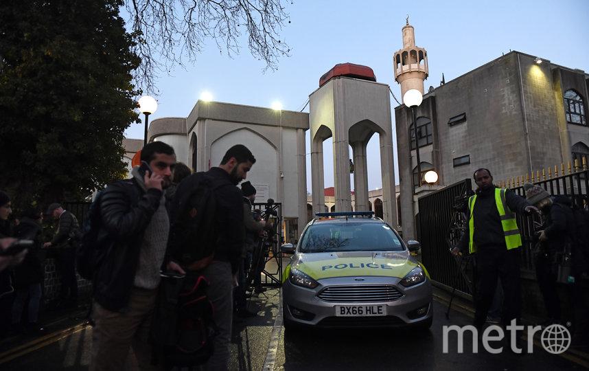 В Лондоне мужчина с ножом напал на прихожан мечети. Фото Getty