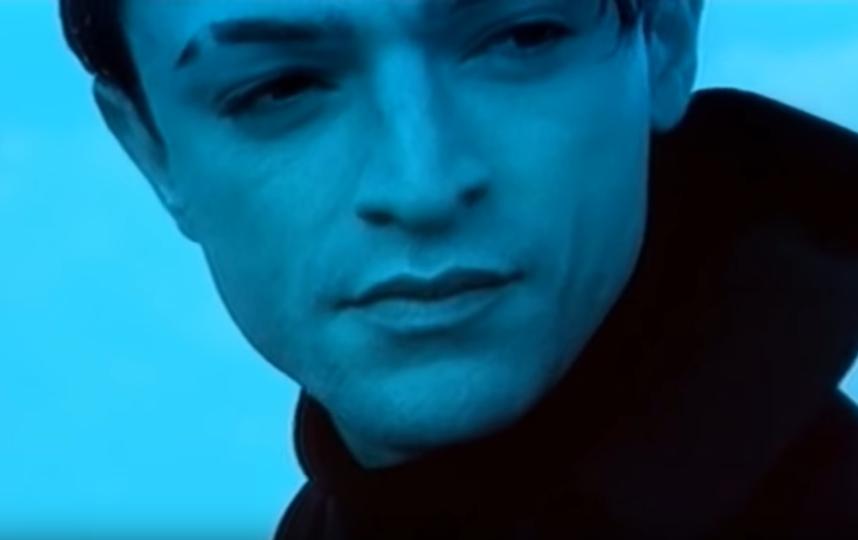 """Кадры клипа """"Между мной и тобой"""". Фото Скриншот Youtube"""