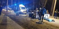 Смертельное ДТП в Петербурге: иномарка влетела в дерево