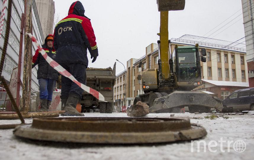 Теплоэнергетики просят жителей города оперативно сообщать об исчезновении крышек люков. Это вопрос безопасности.