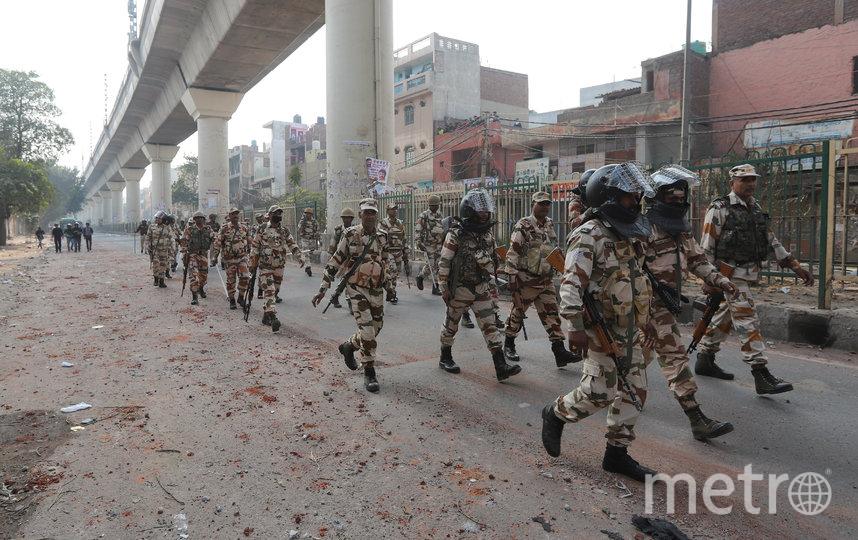 90 человек пострадали во время беспорядков в Нью-Дели. Фото AFP