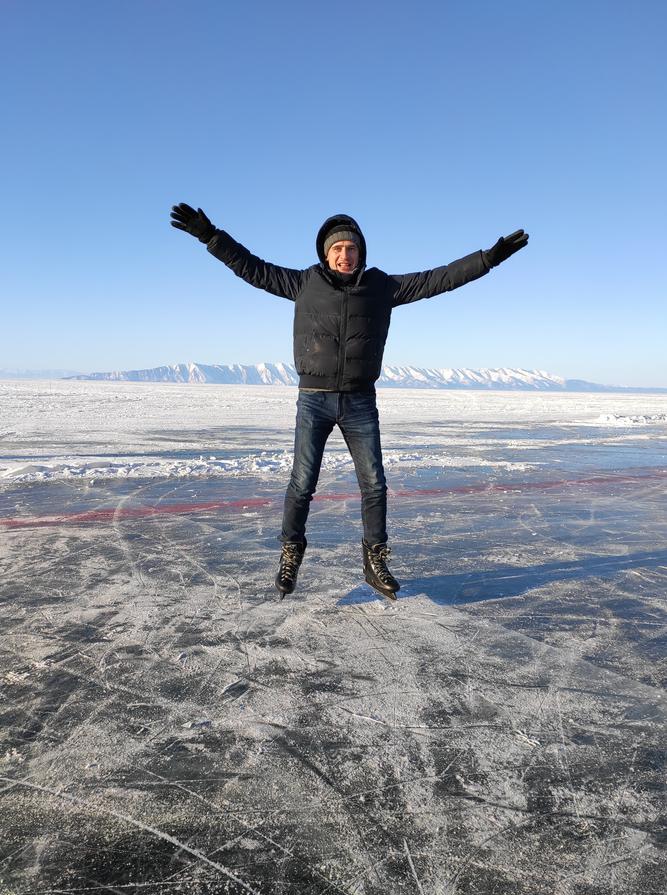 И всё-таки в Бурятию приезжают главным образом ради Байкала. Именно эта, восточная сторона озера более живописна и удобна для отдыха, чем западная, иркутская. Фото Дмитрий Роговицкий