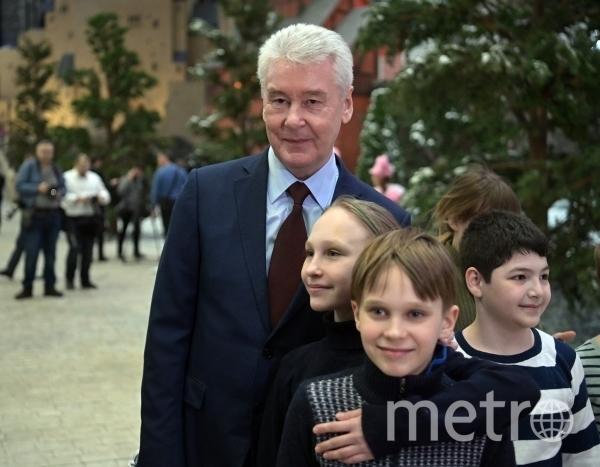 Во время визита Сергей Собянин встретился с юными посетителями парка. Фото РИА Новости