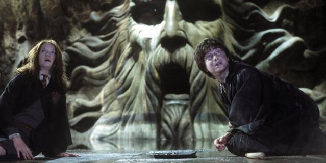 """Кадр из фильма """"Гарри Поттер и тайная комната""""."""