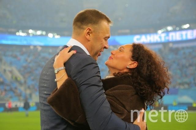 В Петербурге мужчина сделал предложение руки и сердца во время футбольного матча. Фото PR-служба ТНТ