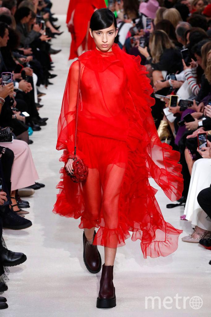Показ Valentino в Париже. Фото Getty