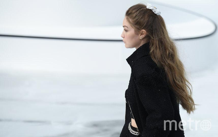 Джиджи Хадид. Показ Chanel. Фото Getty