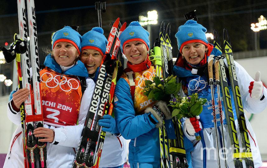 Из эстафетной сочинской четвёрки не дисквалифицировали только Екатерину Шумилову (вторая справа). Фото Getty