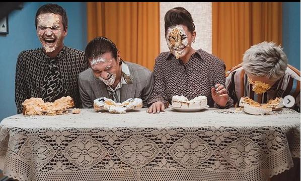 Участники группы: Антон Лиссов (вокал, гитара), Софья Таюрская (вокал), Илья Прусикин (вокал), Сергей Макаров. Фото instagram @littlebigband