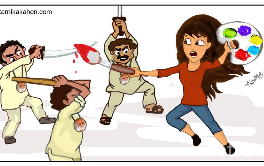 Карника борется с угрожающими Канике последователями гуру Асарама. Фото предоставлено героиней публикации