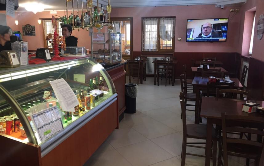 """Все бары и рестораны должны закрываться в 6 часов вечера. Фото Илья Живоглядов, """"Metro"""""""