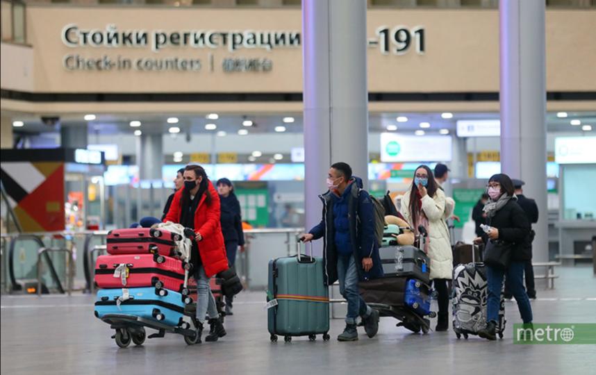 С пассажирами этих рейсов сейчас связываются медицинские работники. Фото Василий Кузьмичёнок