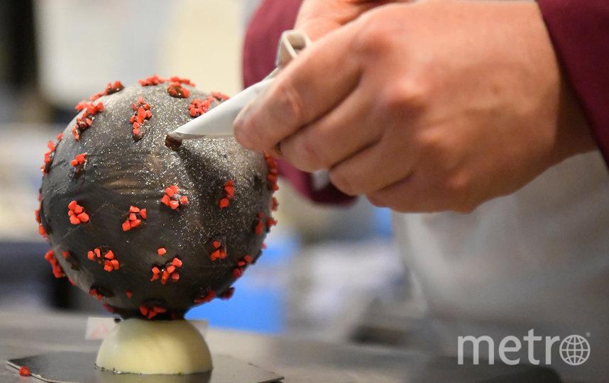 На создание десерта Жана-Франсуа Пре вдохновил коронавирус. Фото AFP