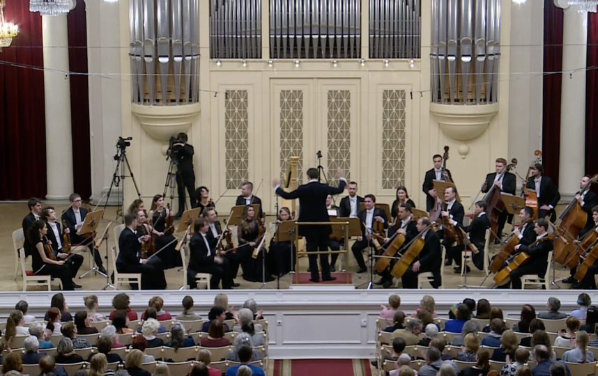 Трансляция концерта из Филармонии. Фото www.philharmonia.spb.ru/media/online