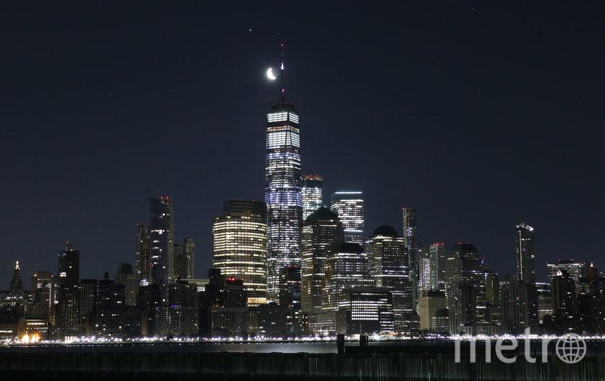 Снимок парада планет, сделанный в Нью-Йорке. Фото Getty
