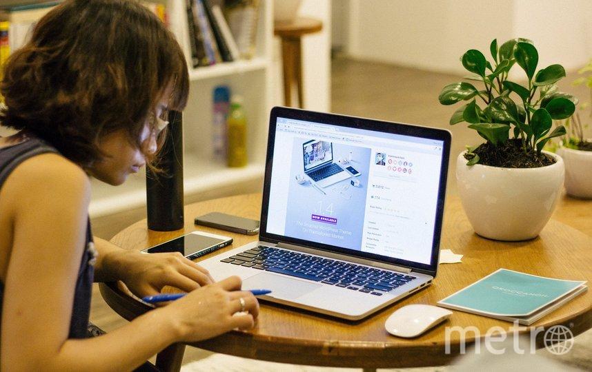 В условиях самоизоляции многим приходится работать из дома. Фото pixabay