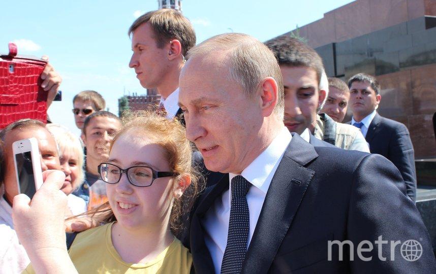 Владимир Путин общается с народом. Фото pixabay