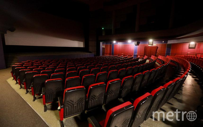 В Подмосковье закрывают кинотеатры в торговых центрах. Фото Getty