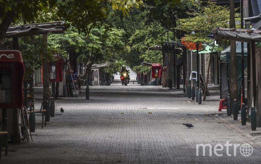 По мере того, как всё больше и больше городов принимают карантинные меры в попытке сдержать COVID-19, сокращается и загрязнение окружающей среды. Фото AFP