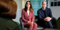 Кейт Миддлтон и принц Уильям показали, как дезинфицировать руки: видео