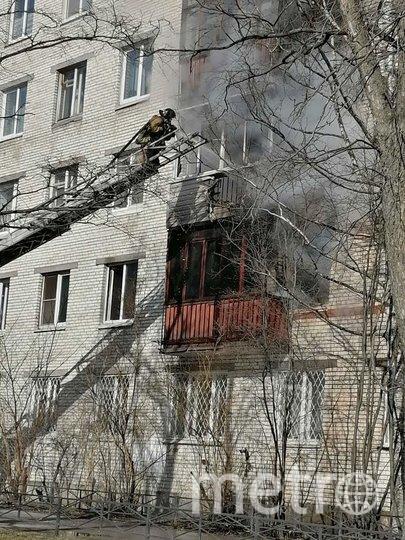 Пожар в доме на улице Стойкости. Фото vk.com