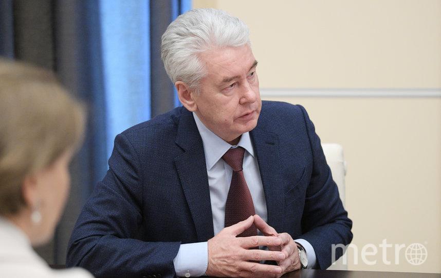 Мэр Москвы Сергей Собянин на совещании в больнице в Коммунарке. Фото Getty