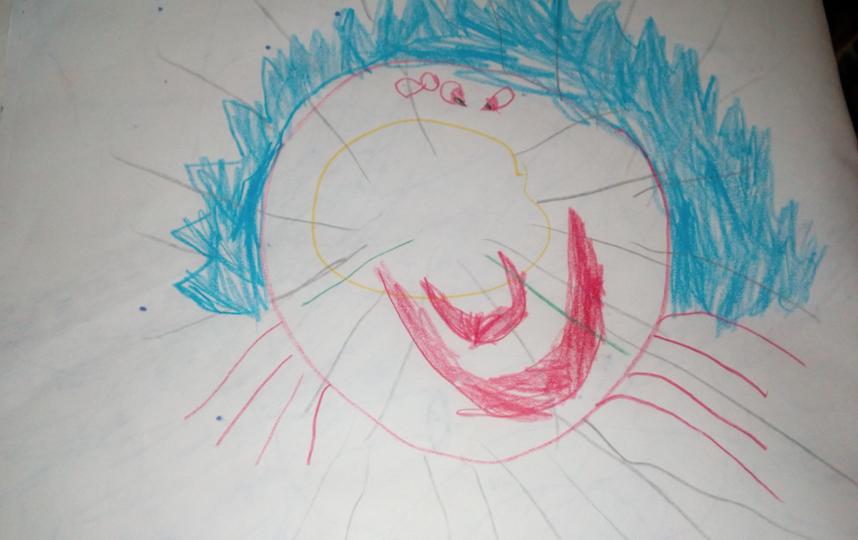 """""""Добрый день, находясь в самоизоляции с родителями, ребенок Настя Тарасова, 5 лет, в своих представлениях нарисовала вот такие рисунки"""".  Как отмечает Настя, они словно говорят: """"Мы идем... берегитесь бабушки и дедушки, сидите дома"""". Фото Настя Тарасова, 5 лет"""