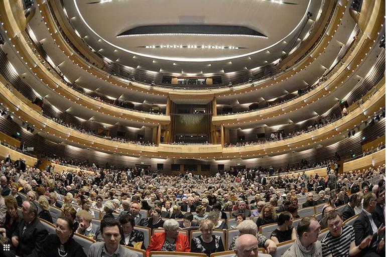 """Каждый день по 29 марта в эфире mariinsky.tv будут яркие спектакли и грандиозные гала-концерты. Фото https://www.mariinsky.ru/, """"Metro"""""""