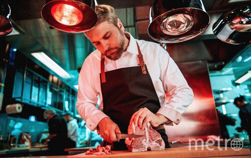 """Шеф Павел Поцелуев может приехать и на вашу кухню. Фото пресс-служба ресторана """"Жажда крови"""""""