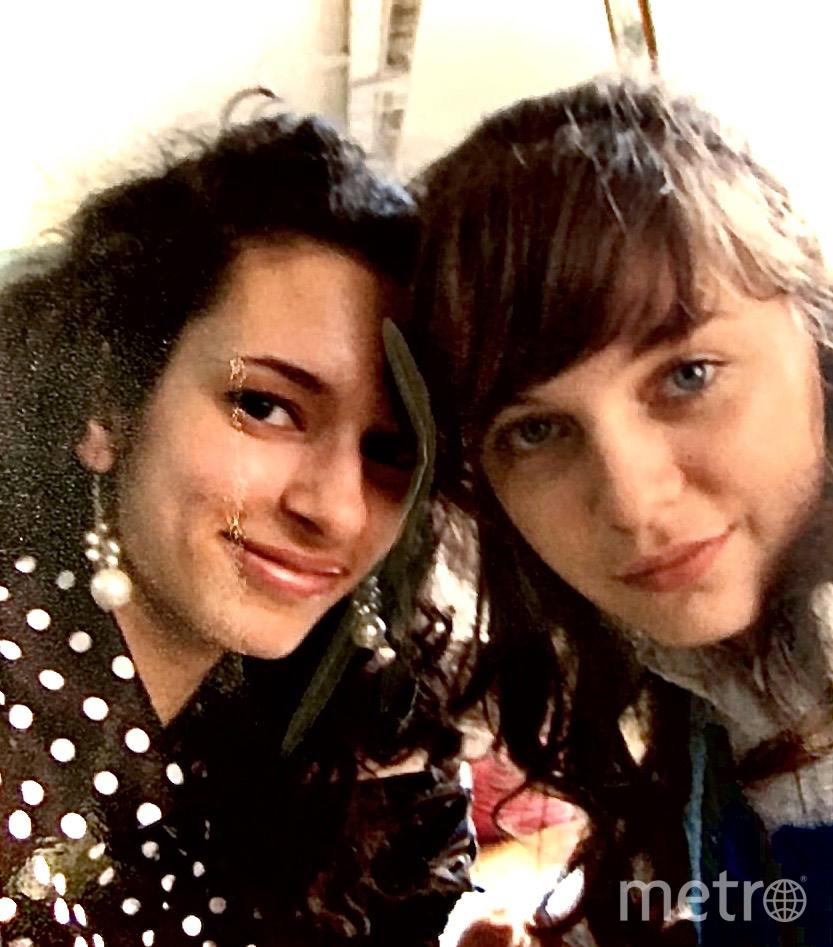 """Валя (слева) и Дарья. Фото предоставил Пётр Егиазарян, """"Metro"""""""