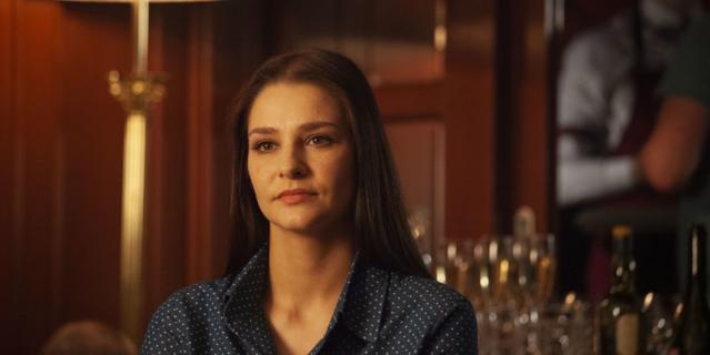 """Кадр из сериала """"Паромщица""""."""