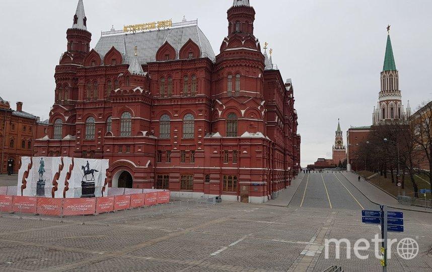 У входа в Исторический музей. Фото Василий Кузьмичёнок
