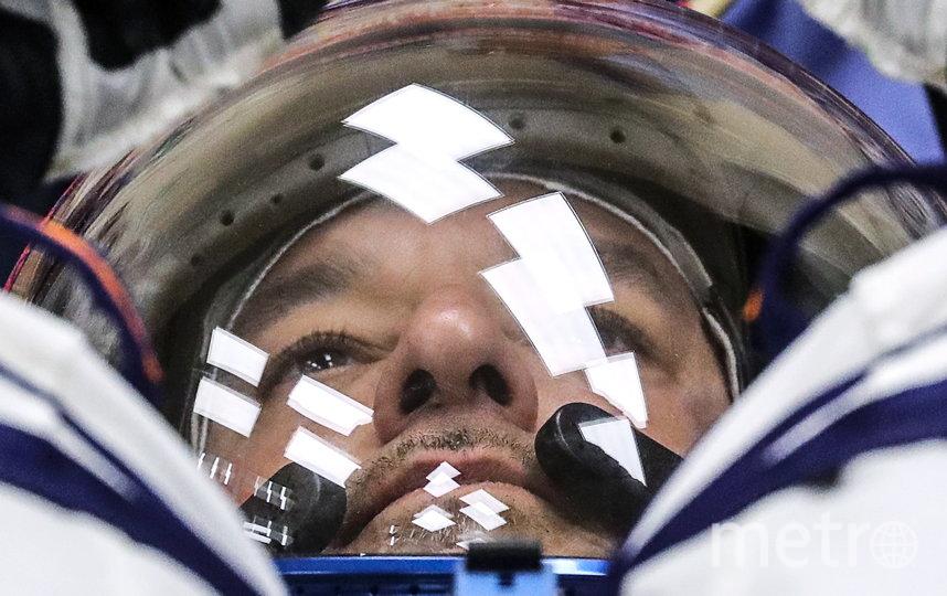 """Астронавт Эндрю Морган. Он находится на международной космической станции уже девять месяцев. 26 марта он опубликовал в """"Твиттере"""" пост с фотографией Земли и подписал его так: """"Даже в самые тяжёлые времена мы живем на прекрасной планете. Земля, оставайся сильной, мы вместе #SpaceStation4all"""". Фото Getty"""