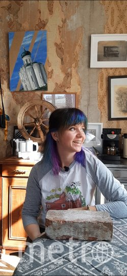 Алина Зоря живёт в коммуналке на Полярников. Фото Алина Зоря