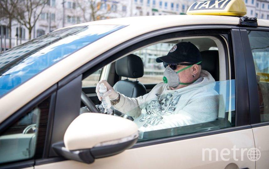 Такси попало в аварию в Петербурге. Фото Getty