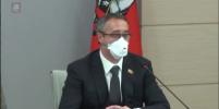 Московские депутаты поругались на заседании из-за маски