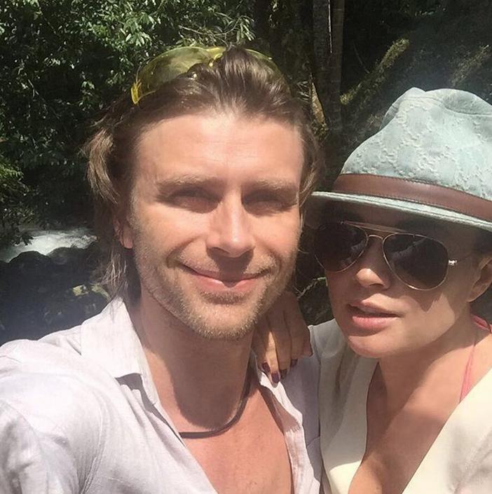 Анастасия Заворотнюк и Петр Чернышев. Фото Скриншот Instagram: @a_zavorotnyuk