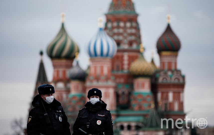 Молодой человек вступил с полиций в словесную перепалку. Фото AFP