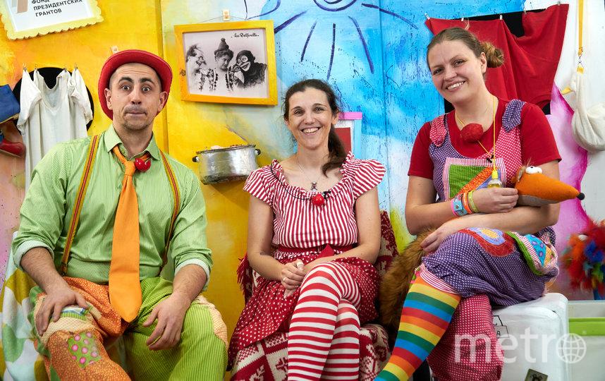 Клоуны проводят онлайн-трансляции для детей. Фото ЛенЗдравКлоун
