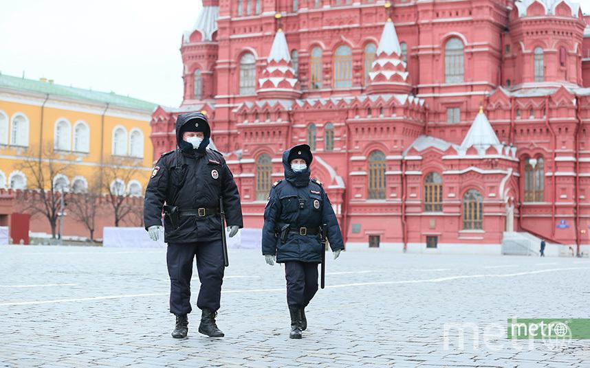 Молодой человек вступил с полиций в словесную перепалку. Фото Василий Кузьмичёнок