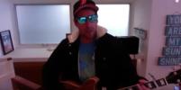 Адам Сэндлер исполнил песню о карантине