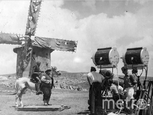 """Доступ к более 240 000 редчайших исторических фотографий открыла петербургская Архивная служба. Фото """"Metro"""""""
